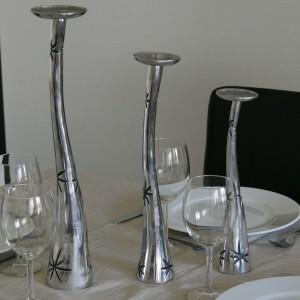 bougeoir-chandelier-plein-en-aluminium-etoiles