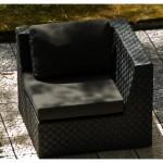 fauteuil-de-jardin-d-angle-en-resine